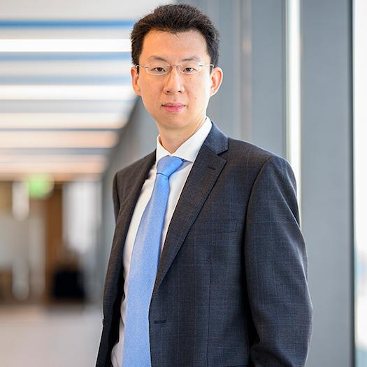 Yinan Su is an Assistant Professor of Finance at the Carey Business School of the Johns Hopkins University. His research interests include banking, asset pricing, financial econometrics, and economic networks.
