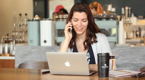 online student working at the coffee shop